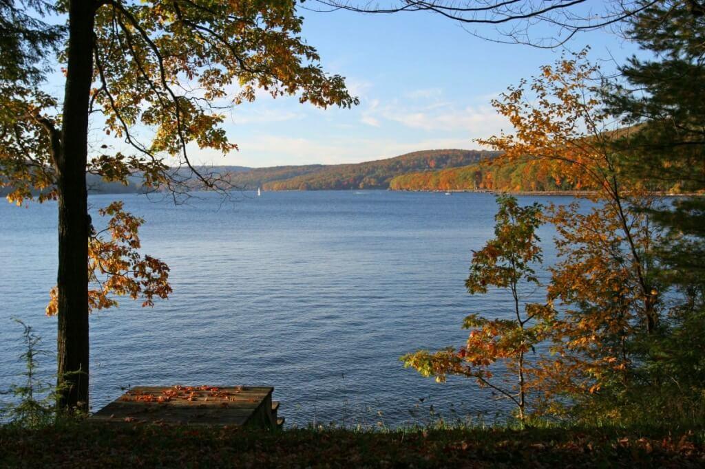 Heading to Deep Creek Lake for the fall? - Maryland.com